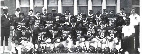 Football-Team-Picture-580x409
