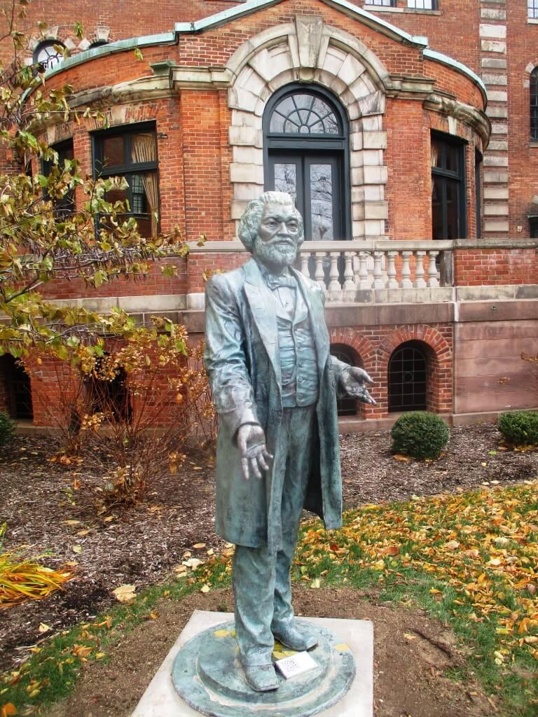 Frederick Douglass Statue Frederick Douglass' ...