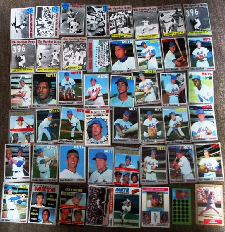 New York Mets, complete set of 1970 Topps cards, plus Tom Seaver cards rom other years (not pictures are cards of other players from other years.)